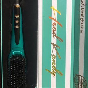 Head Kandy brush straighter